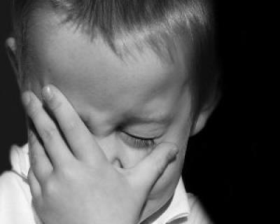 Parinti plecati la munca in strainatate: efectele psihologice asupra copiilor