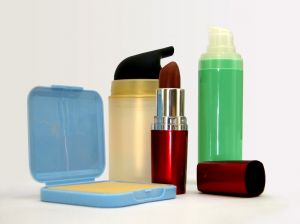 Produsele cosmetice si efectele lor nocive