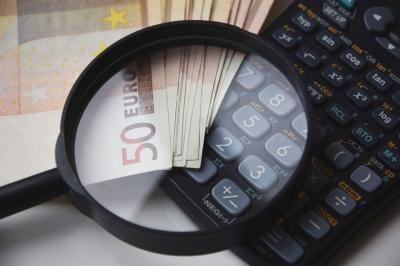 4 reguli obligatorii ca sa nu ramai niciodata fara bani