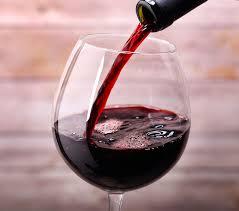 Vinul rosu in 7 beneficii miraculoase