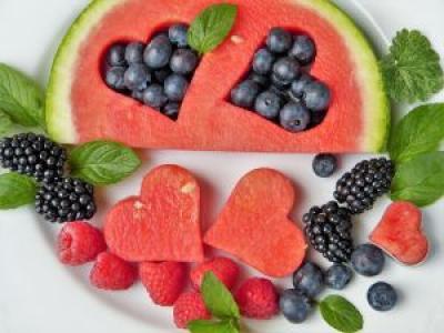 Alimente care te ajută să slăbeşti vara
