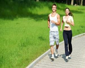 Exercitiile fizice ne protejeaza de boli si ne prelungesc viata