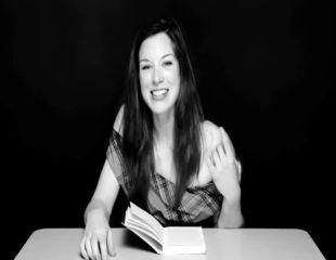 Gandurile unei femei mature: Literatura isterica nu este pentru pudibonzi