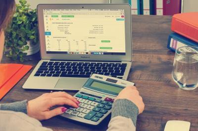 Ce este un program de facturare online?