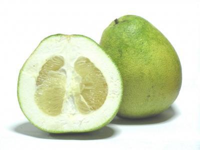 10 beneficii uimitoare ale fructului pomelo