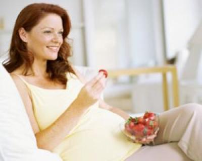 Alimentatia in timpul sarcinii: de ce este important sa consumi produse bio