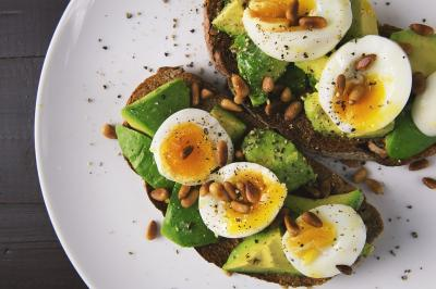 Ce gustari sanatoase si cu putine calorii poti consuma