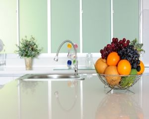 Ce alegem: fructe sau suc proaspat obtinut prin stoarcere?