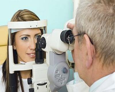 6 categorii de persoane cu risc crescut de glaucom