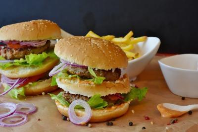 Cum percepe organismul nostru mancarea de tip fast food