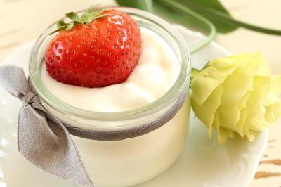 5 beneficii incredibile ale iaurtului grecesc pentru corp