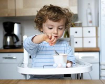 Nu le dati copiilor iaurt cu fructe din comert!