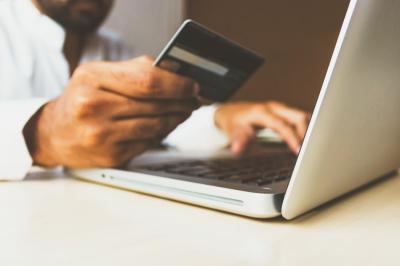 5 produse neasteptate pe care merita sa le cumperi online