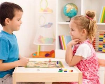 Joaca, un element esential pentru dezvoltarea sanatoasa a copilului tau!