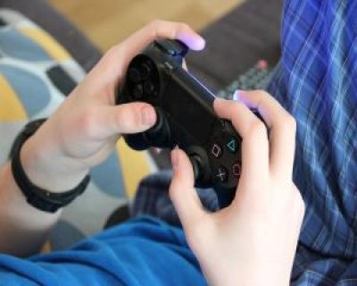 26 elevi de gimnaziu din Cluj-Napoca invata sa-si creeze propriile jocuri video