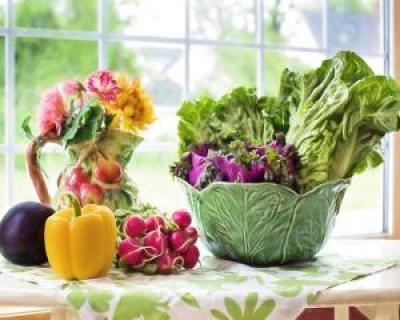 Ce presupune dieta raw vegana