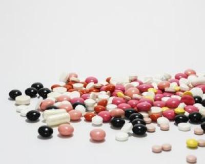 Presedinte CNAS: Medicamentele generice sunt la fel de eficiente ca cele originale