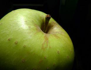 13 motive pentru a folosi otet de mere in fiecare zi
