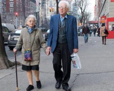 Pensionare anticipata pentru femei. Ce conditii trebuie sa indepliniti
