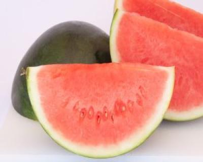 Hidrateaza-te pe timpul verii cu pepene verde!