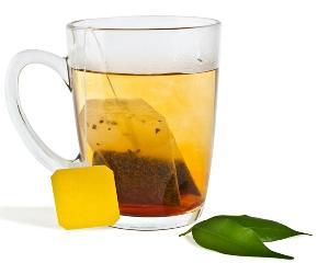 Nu aruncati pliculetele de ceai! 5 intrebuintari mai putin cunoscute