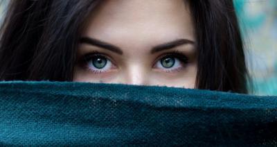 Tratamente pentru porii dilatati: 9 ingrediente simple si eficiente