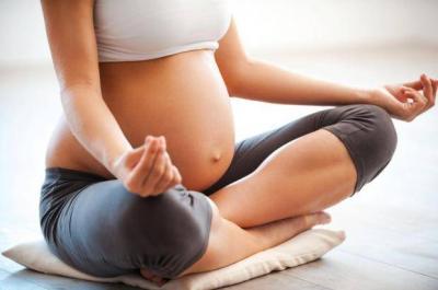 Cum iti feresti pielea de vergeturi in perioada sarcinii