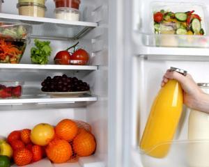 Ghid: cum depozitam corect alimentele in frigider