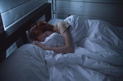Cele mai bune remedii naturale pentru un somn linistit