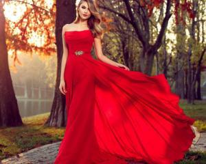 Cele mai frumoase rochii in primavara 2015
