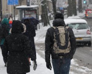 Medicii avertizeaza asupra alimentatiei, alcoolului si frigului, in perioada sarbatorilor de iarna