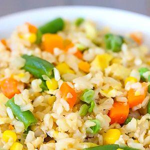 Retete culinare vegetariene: Sarmale vegetariene in 45 de minute!