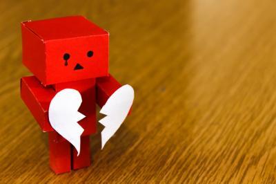 Semne ca te implici prea mult in relatie. Vezi ce ar trebui sa schimbi!