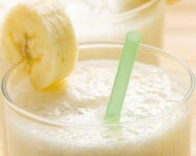 Smoothie de banane si ghimbir: micul dejun ideal pentru a ajunge la un abdomen plat