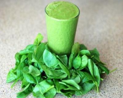 De ce sa bei un smoothie verde in fiecare zi