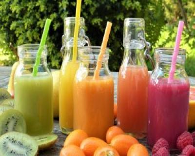 Sucurile naturale, un mod rapid si sanatos de a slabi. Cele mai sanatoase combinatii de fructe si legume