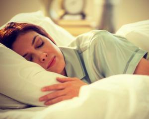 Te simti obosita tot timpul? Iata cateva trucuri pentru un somn mai intens