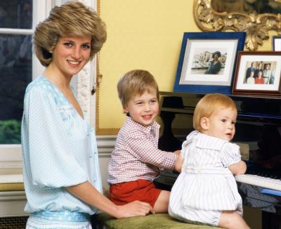 Statuie pentru Printesa Diana. Ar fi implinit 60 de ani