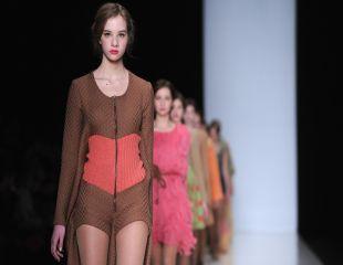 7 obiceiuri ale femeilor extrem de stilate