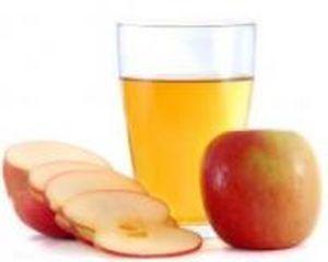 De ce sucul de mere NU este recomandat copiilor?