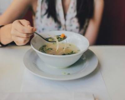 Supa si ciorba la plic: efecte devastatoare asupra sanatatii noastre