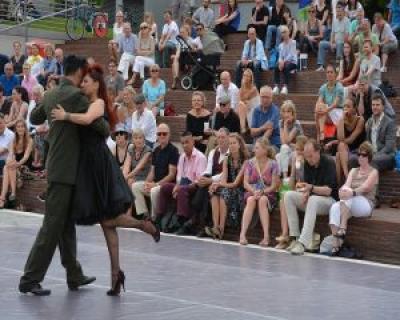 Cursuri gratuite de tango in perioada 10-17 septembrie 2016