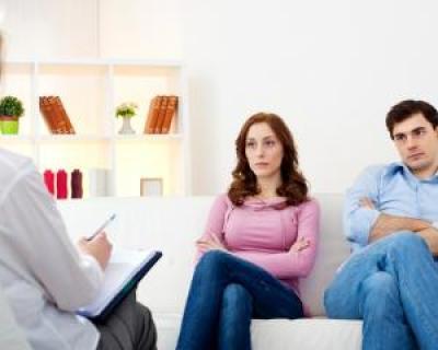 Cum poate salva terapia de cuplu o casnicie