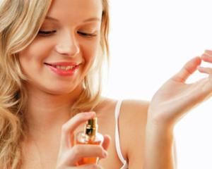 Trucuri pentru a mentine parfumul pe pielea ta mai mult timp
