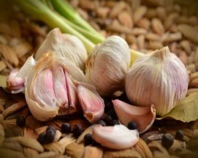 Usturoiul, remediu natural pentru diabet, boli de inima si cancer