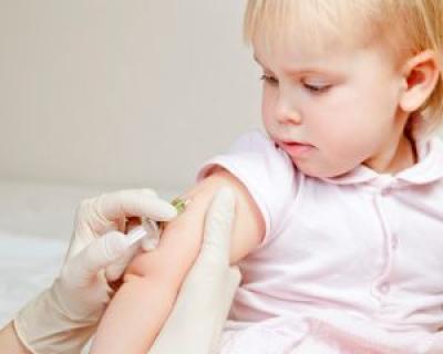 Ministerul Sanatatii solicita parintilor sa nu refuze vaccinarea copiilor