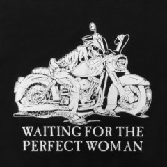 Femeia care te citeşte pe tine…