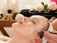 4 masti cosmetice naturale pentru a scapa de riduri