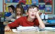 Copiii care merg la scoala au nevoie de cel putin 9 ore de somn