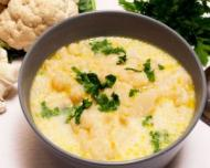 Reteta zilei: Supa crema de conopida